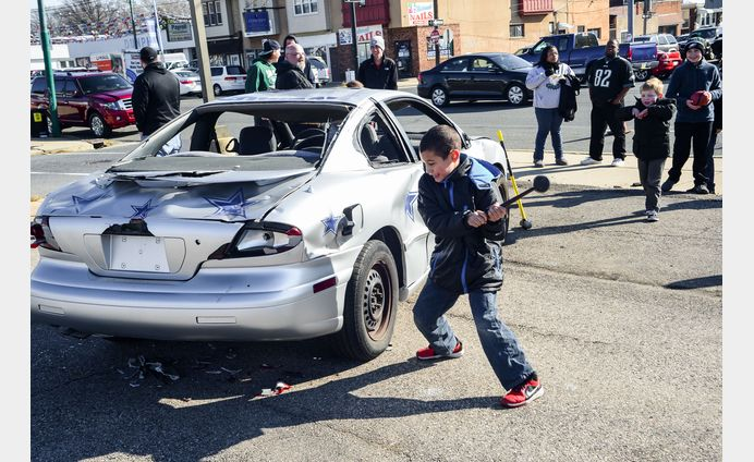 Dunphy Car Smash - 4th Annual Sledge Hammer Bash